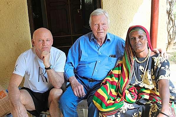 Karlheinz Böhm mit Rolf Knie in Äthiopien