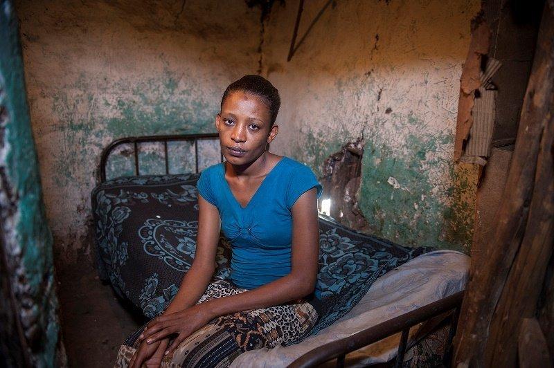 Nat Fanta, 24, geht in der Stadt Shewarobit der Armutsprostitution nach