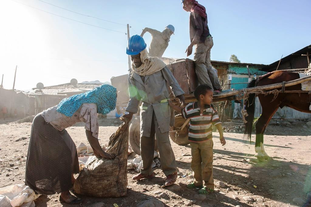 Strassenarbeiter in Äthiopien
