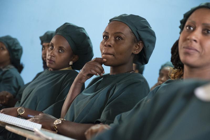 Frauen in Hauswirtschaftskurs-Addis Abeba-äthiopien-Menschen für Menschen-033_17757_RKW6436