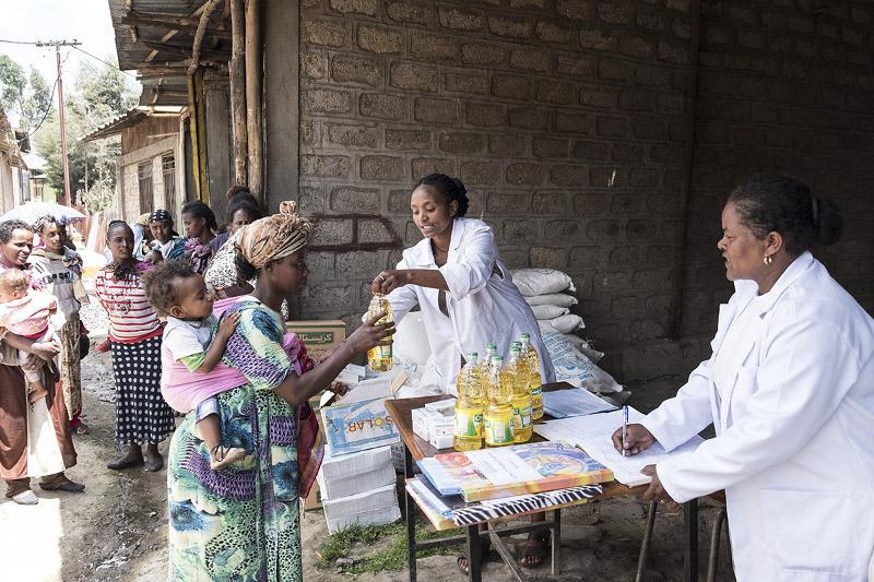 Agohelma, Feeding-Programm