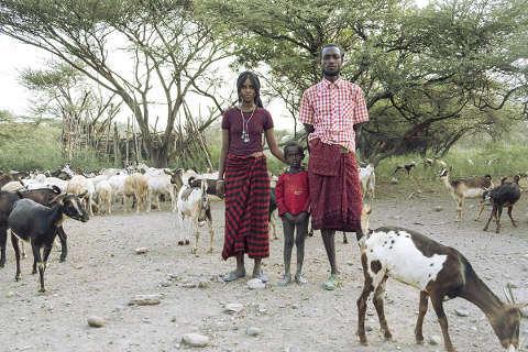 Die Wüste lebt: Afar-Hirtenfamilie