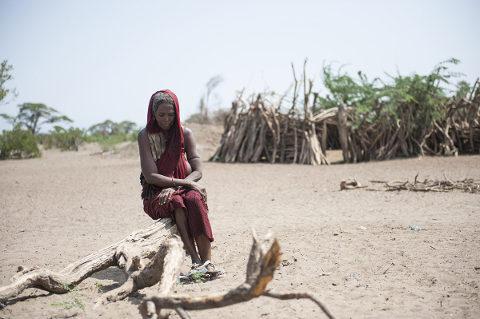 Bedrückte Frau in Äthiopien