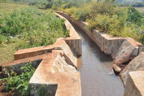 Wasserkanal in Seka, Äthiopien