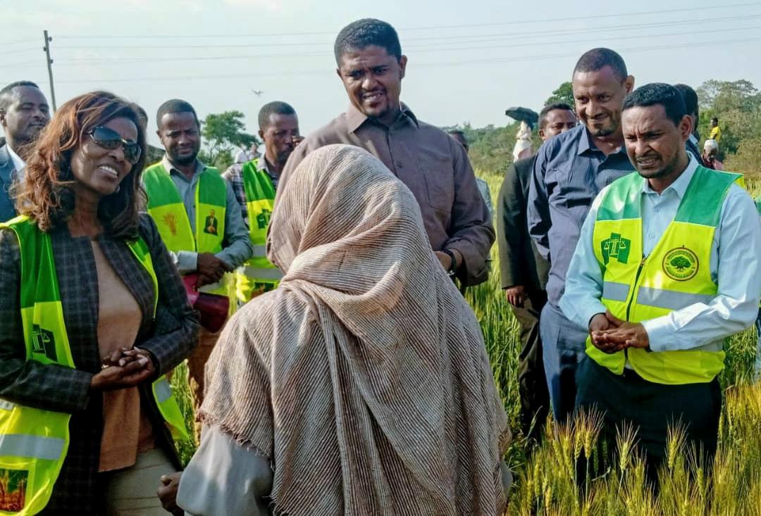 Projektbesuch von Oromia-Präsident und oberste Richterin Äthiopiens